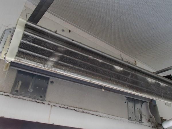 壁掛オーバーホールで熱交換器だけに
