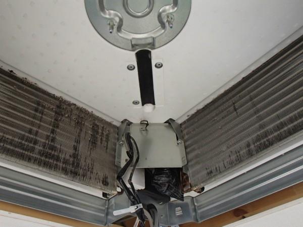 天井埋め4方向のエアコンクリーニング