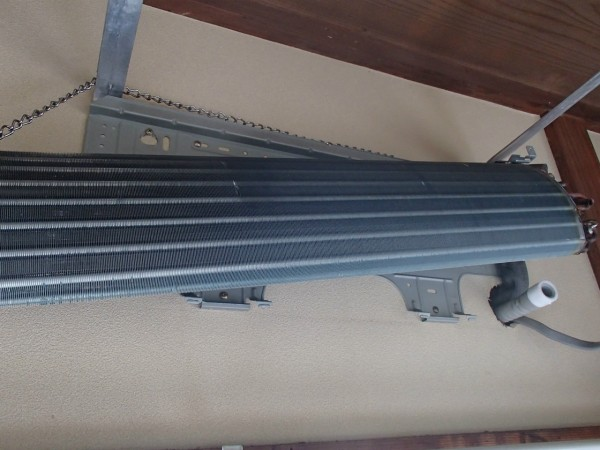 壁掛けオーバーホールで熱交換器の洗浄