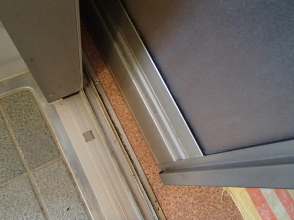 ドアの内側