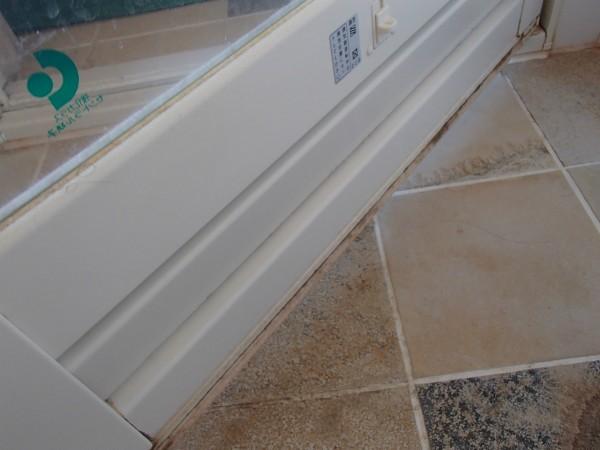 浴室ドアの防水