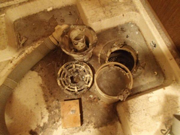 洗濯パン排水溝