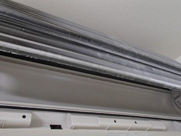 熱交換器と壁側ボディー