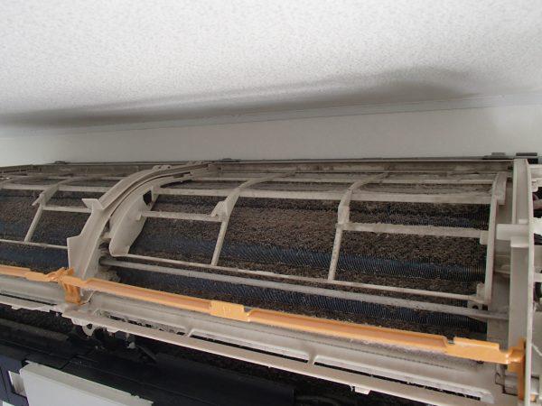 フィルターの内側の汚れ