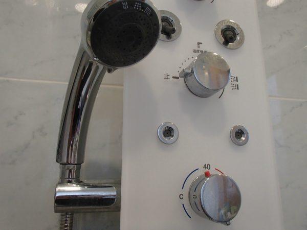 シャワーコントローラー