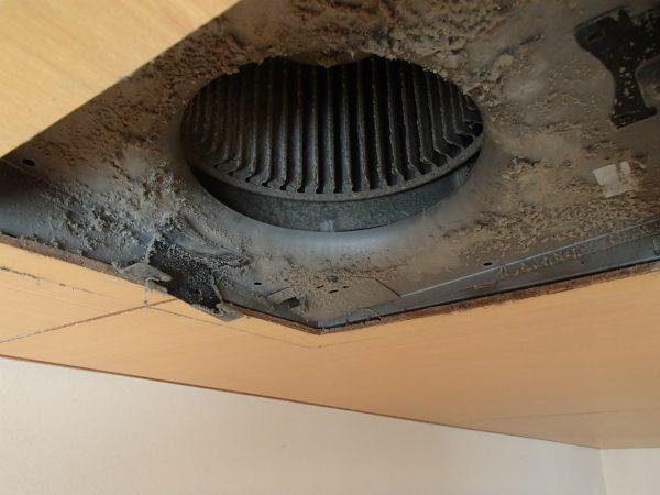 天井埋め換気扇