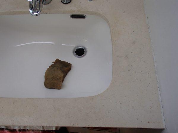 洗面台カウンターの研磨