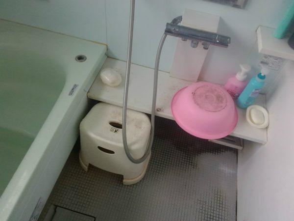 浴室の洗い場周り