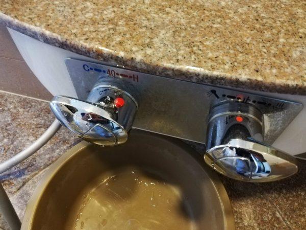 水栓つまみ