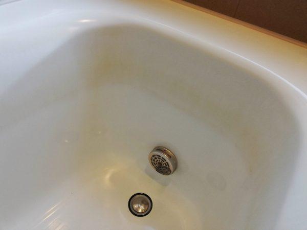 浴槽の着色