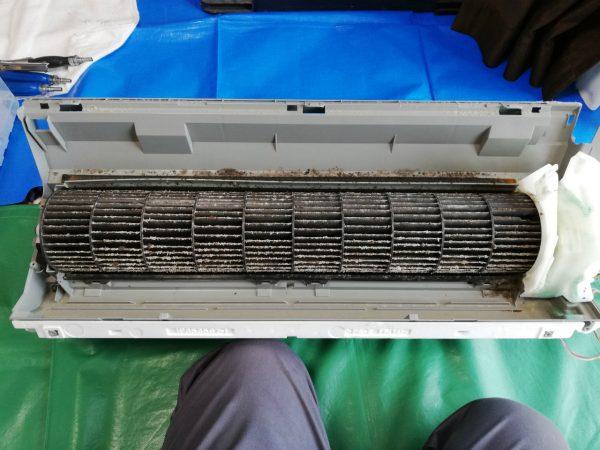 熱交換器から外した下部ボディ