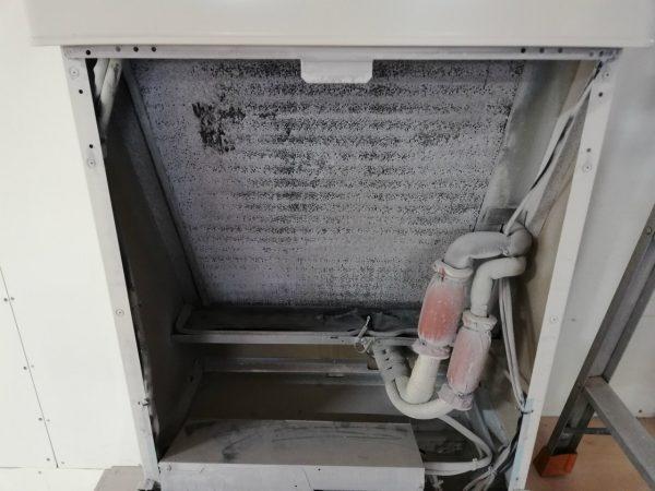 熱交換器と基板