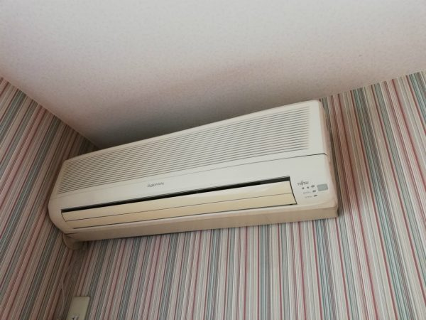 富士通1998年製エアコン