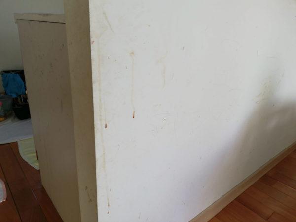 カウンターした壁紙