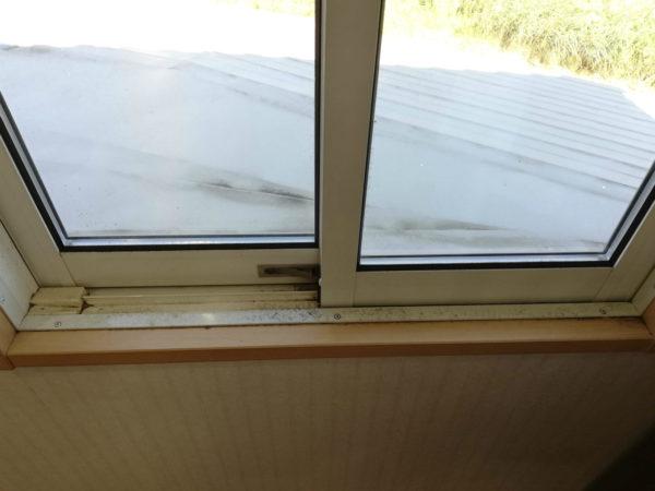 2階クロゼット窓